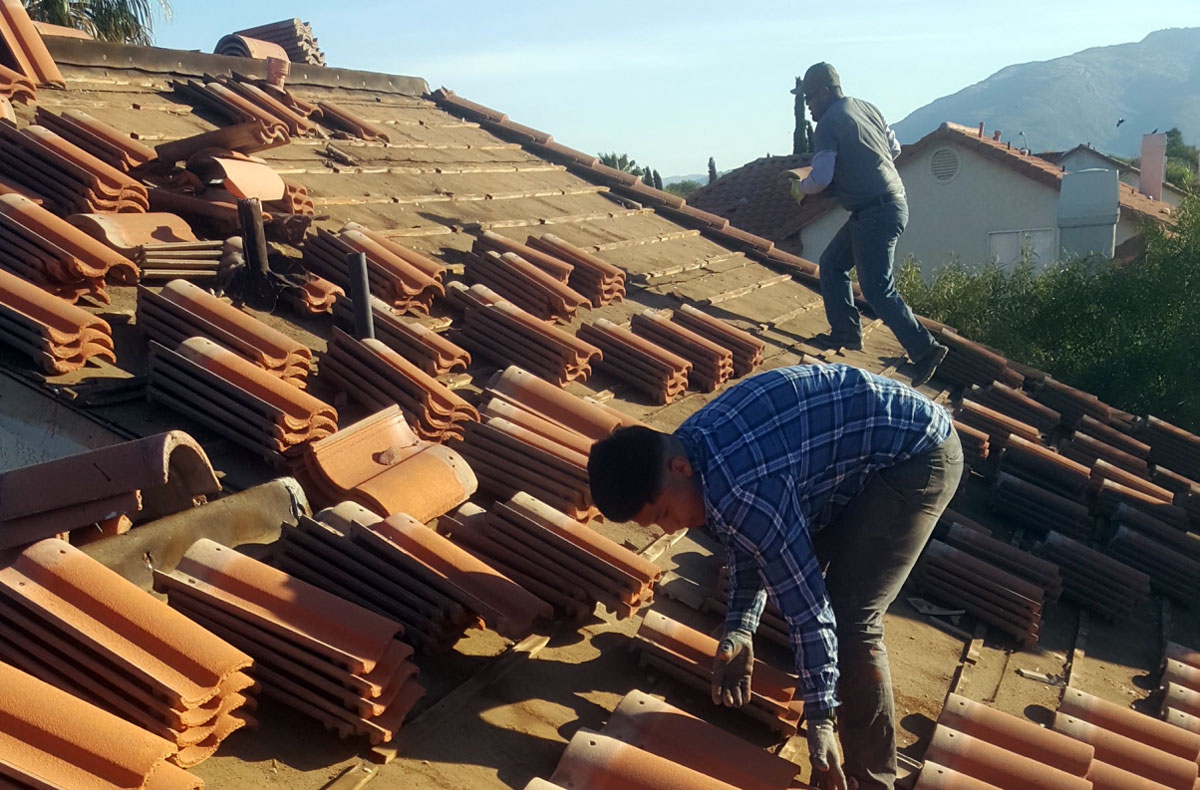 residential roofing contractor working in Tucson